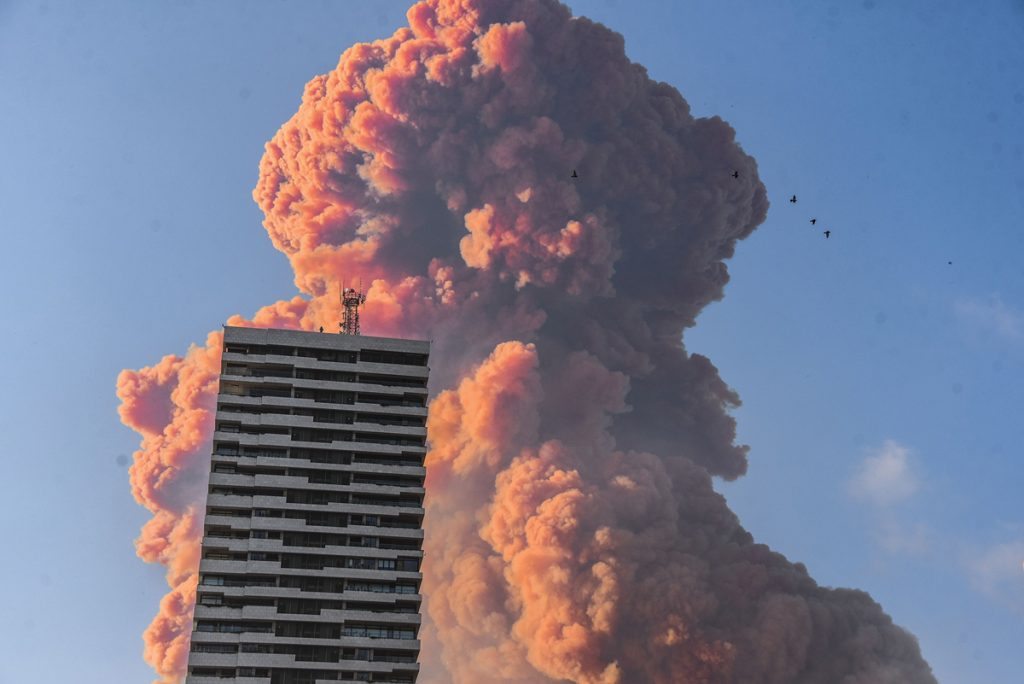 More than 200 dead and 6,000 injured. On August 4th, 2 gigantic explosions blew Beirut in Lebanon, the country suffering economic crisis & Covid-19 epidemic dental surgeons explosion
