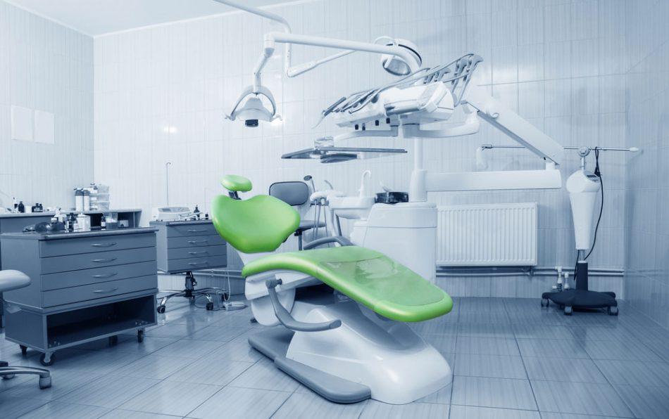 Risk of Transmission of Viruses in the Dental Office