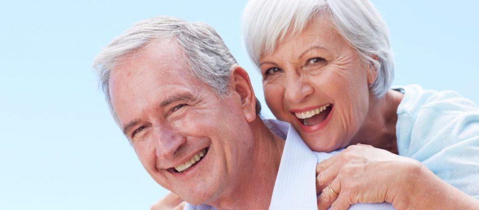 Old people complete dentures